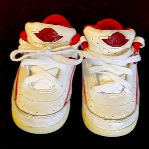 Jordan retro 2 size 5c white and red